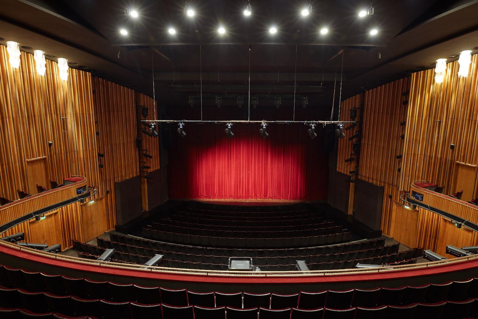 Schiller-Theater_Rang