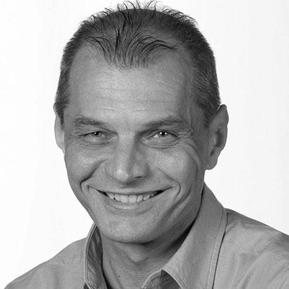 Szakály György
