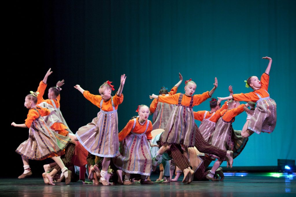 Ballet-helps-japan_006
