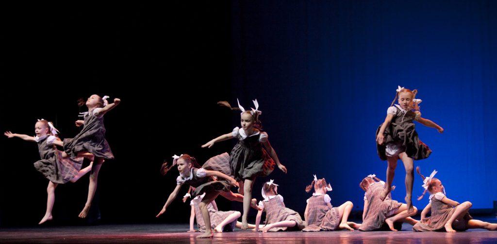 Ballet-helps-japan_011