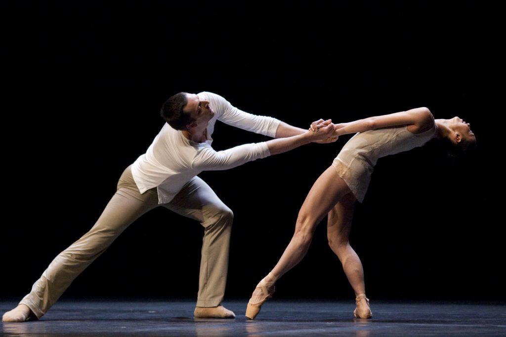 Ballet-helps-japan_015