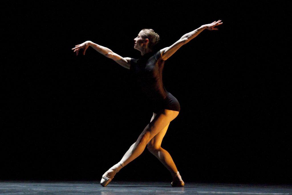 Ballet-helps-japan_019