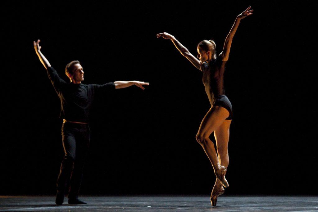 Ballet-helps-japan_021