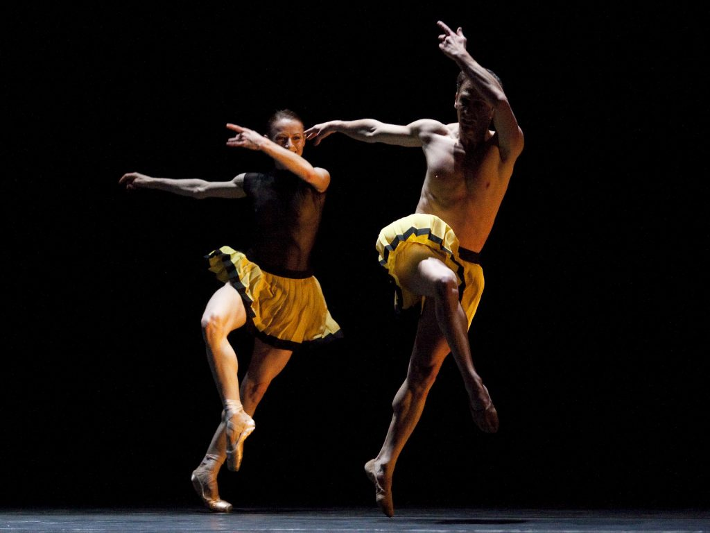 Ballet-helps-japan_022
