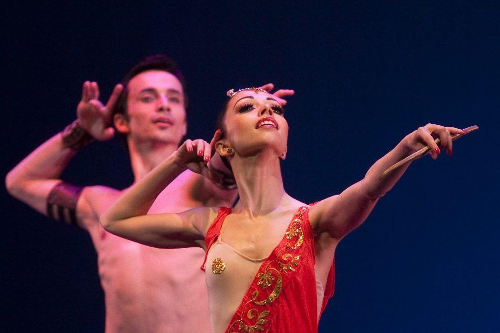 Ballet-helps-japan_029