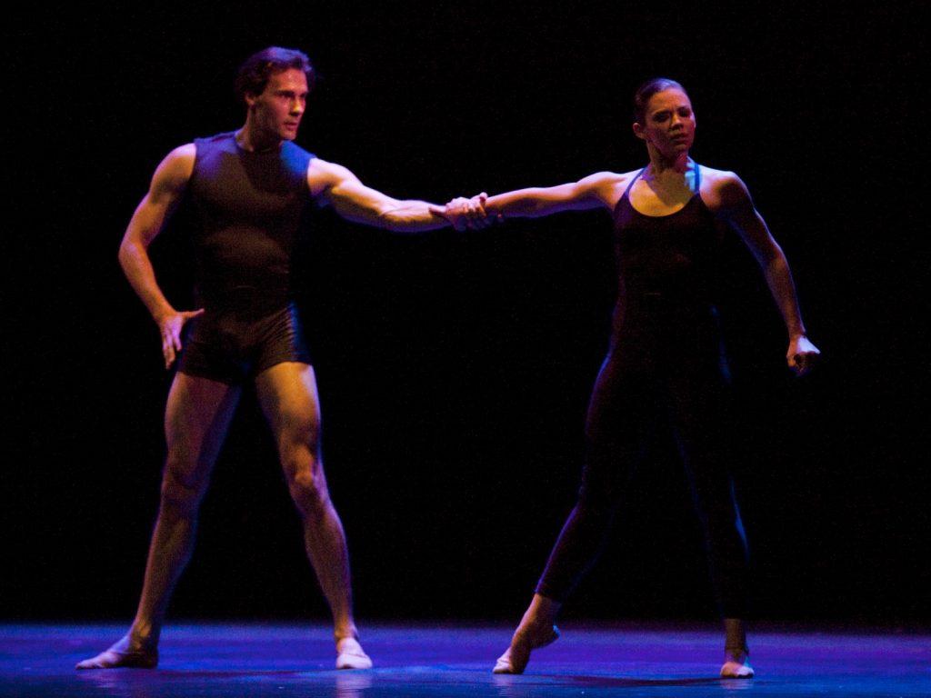 Ballet-helps-japan_035