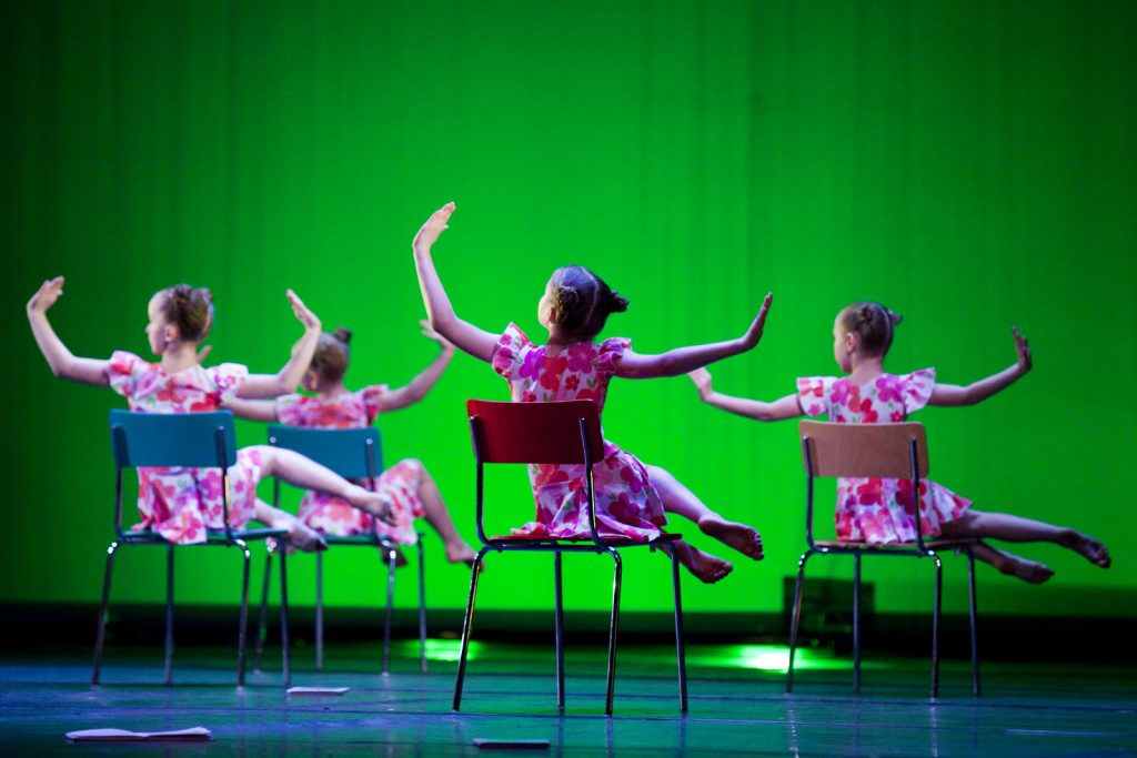 Ballet-helps-japan_038