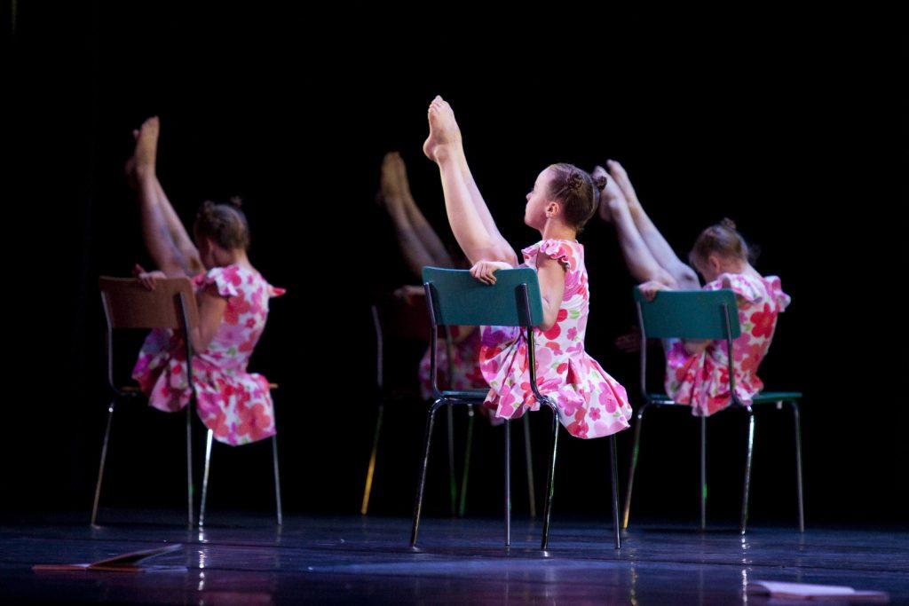 Ballet-helps-japan_039