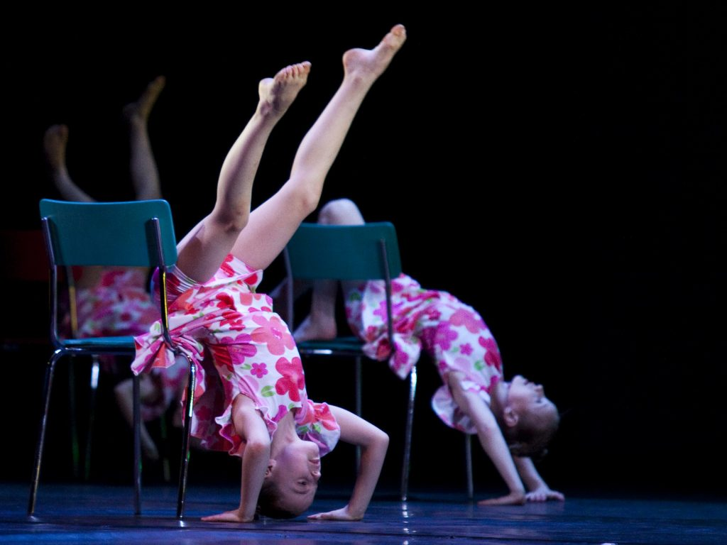 Ballet-helps-japan_040