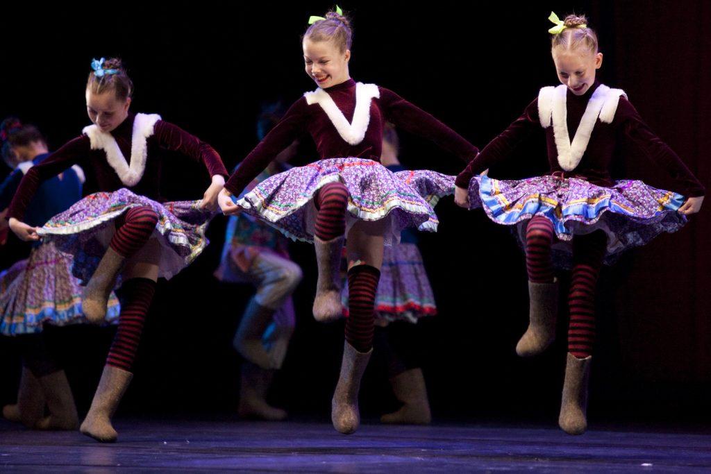 Ballet-helps-japan_044