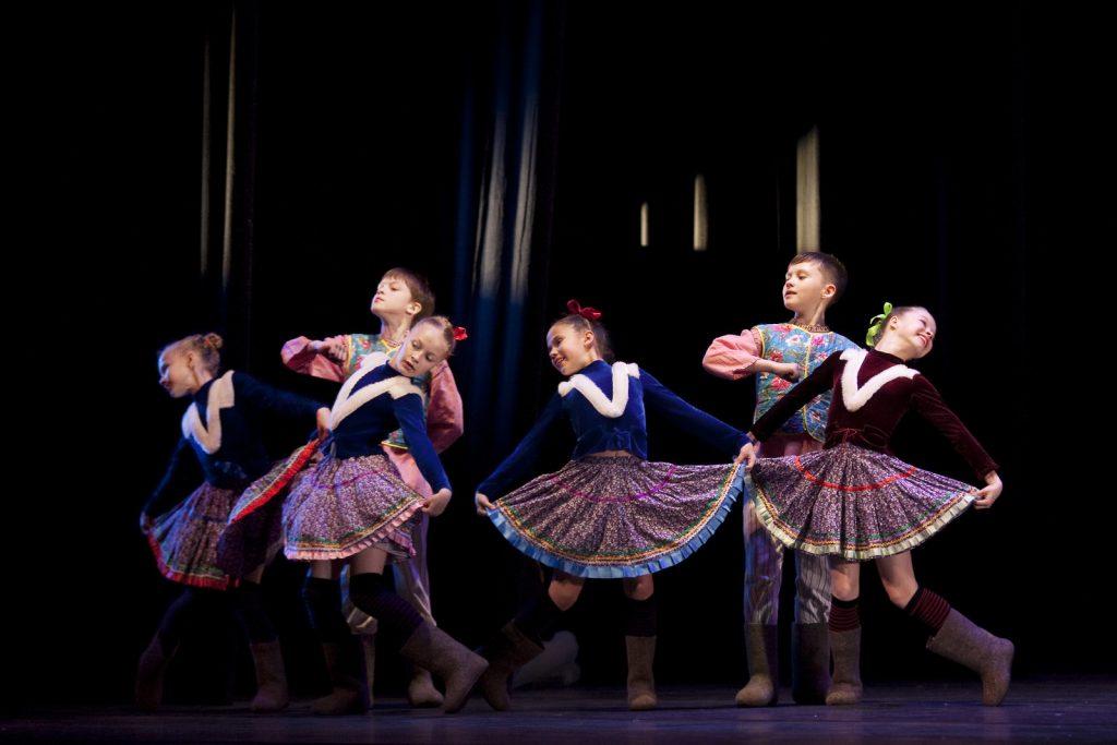 Ballet-helps-japan_045