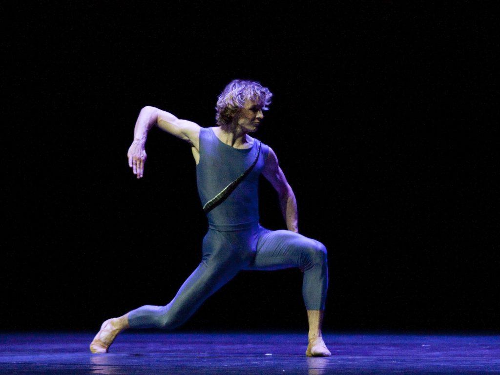 Ballet-helps-japan_048