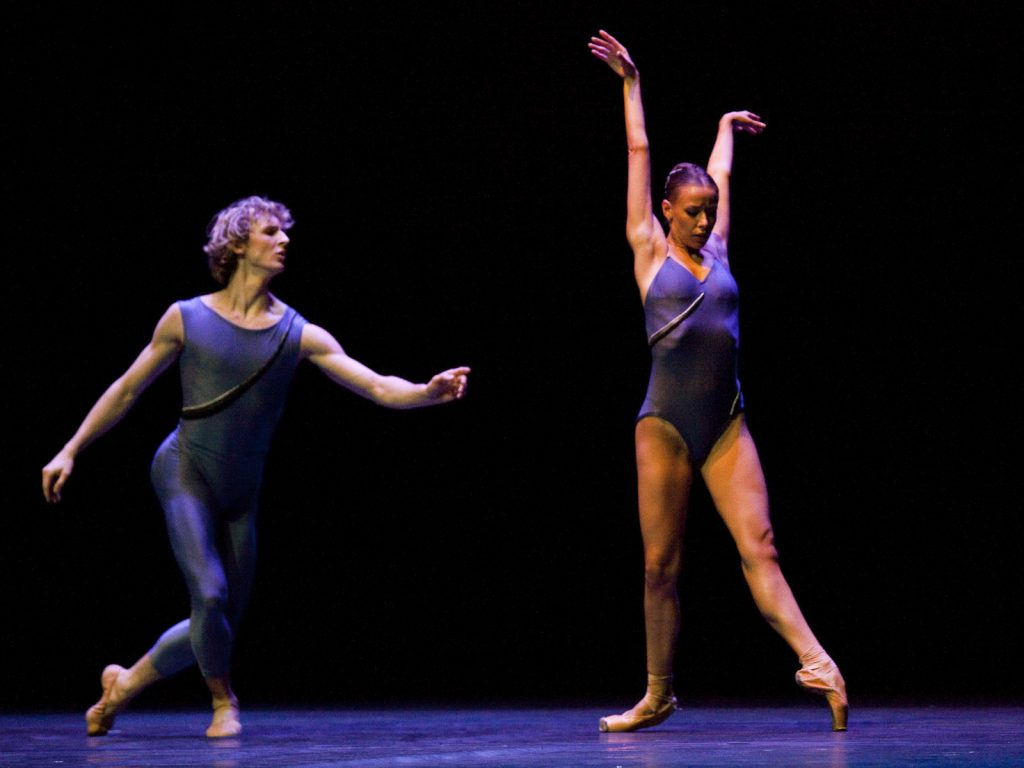 Ballet-helps-japan_050