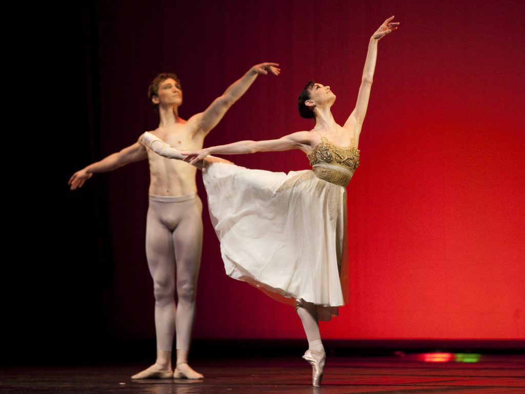 Ballet-helps-japan_051