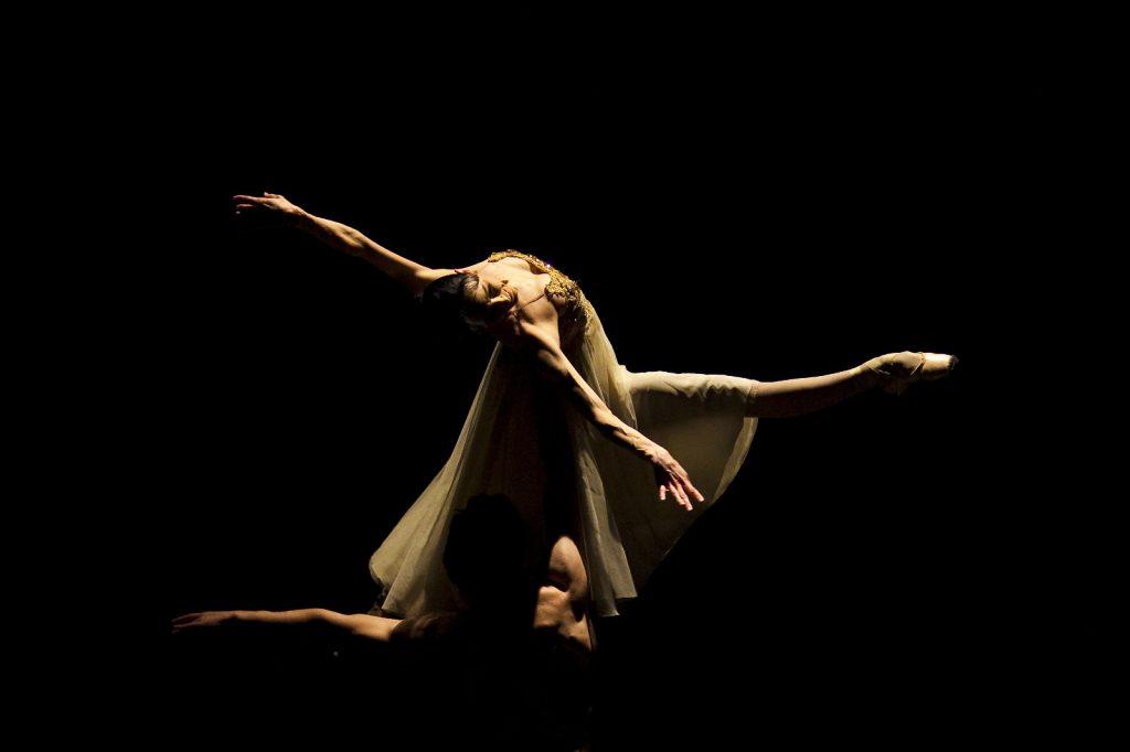 Ballet-helps-japan_052