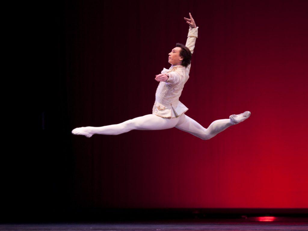 Ballet-helps-japan_057