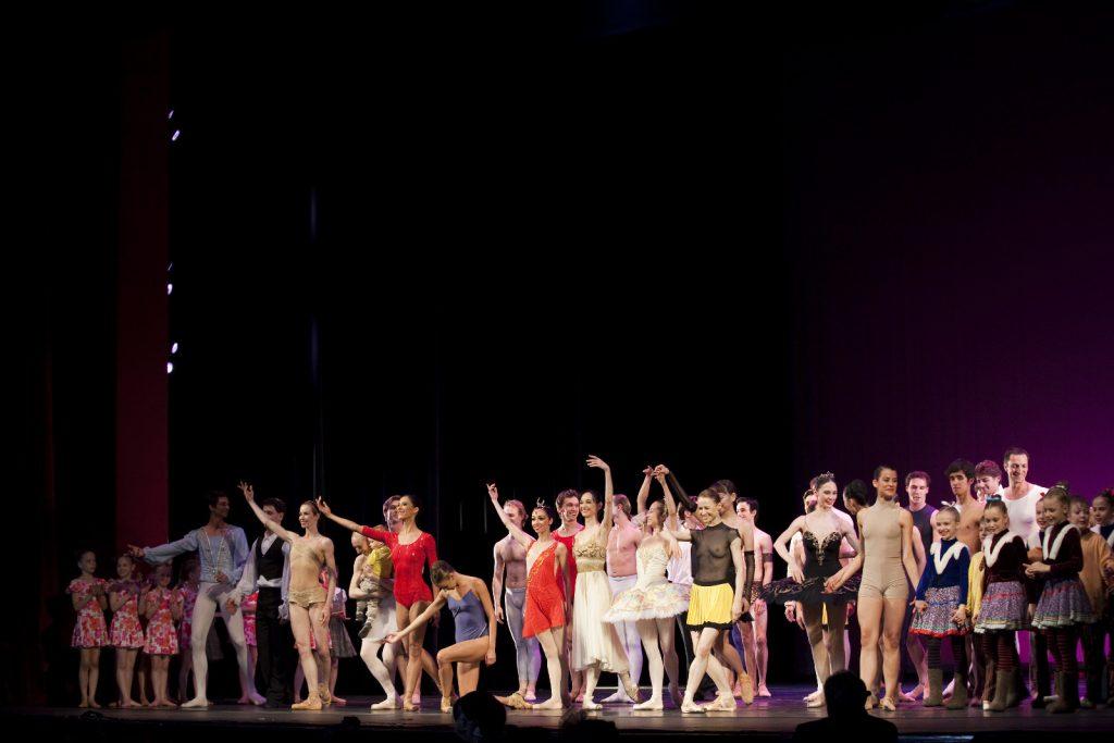 Ballet-helps-japan_058