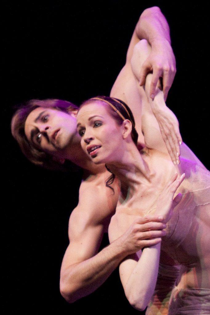 Ballet-helps-japan_070