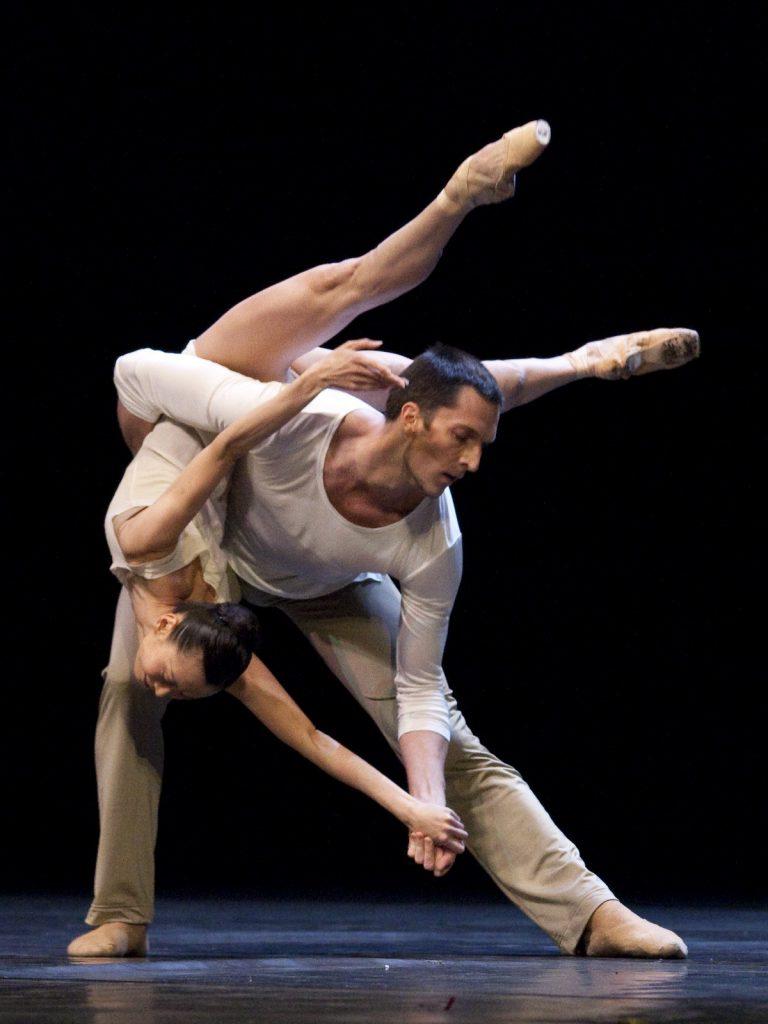 Ballet-helps-japan_073