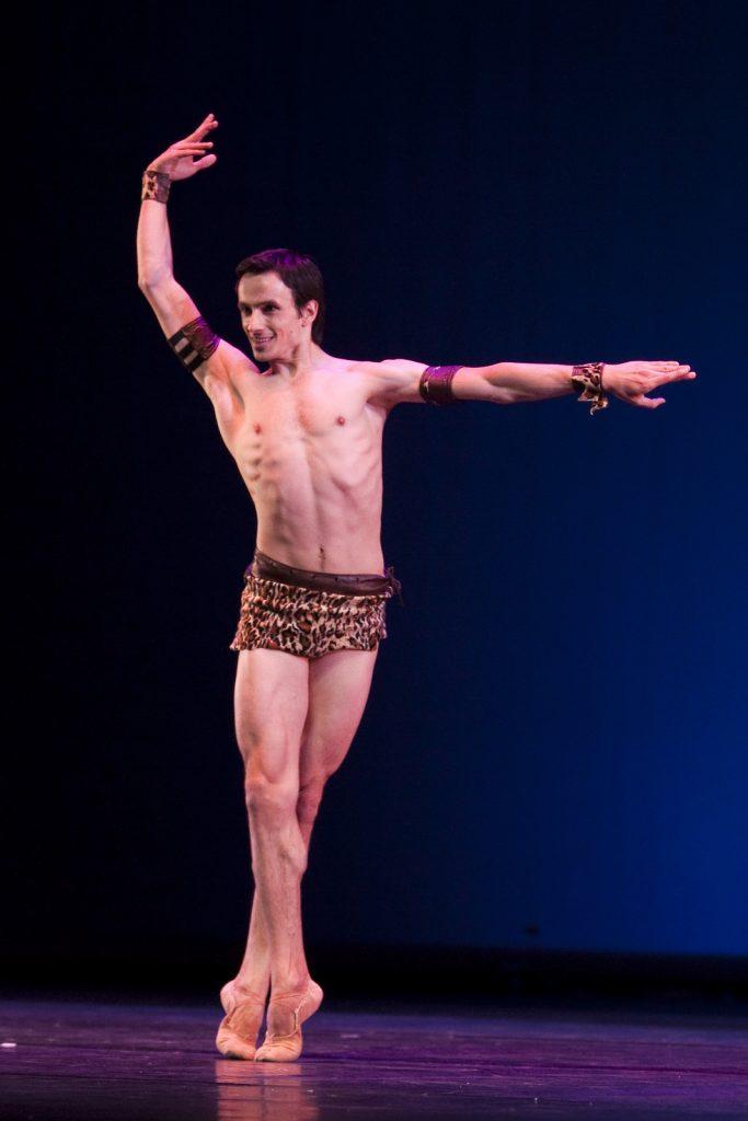 Ballet-helps-japan_088
