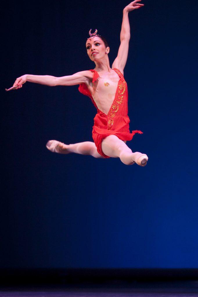 Ballet-helps-japan_089