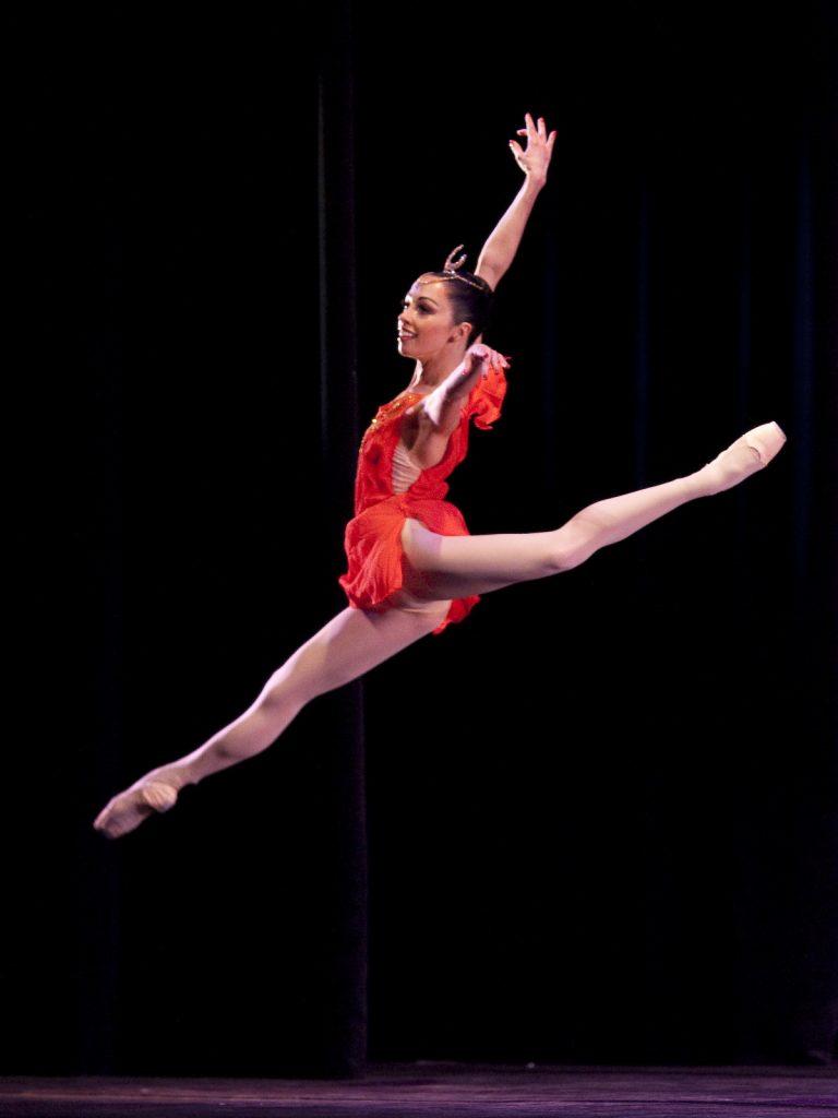 Ballet-helps-japan_090