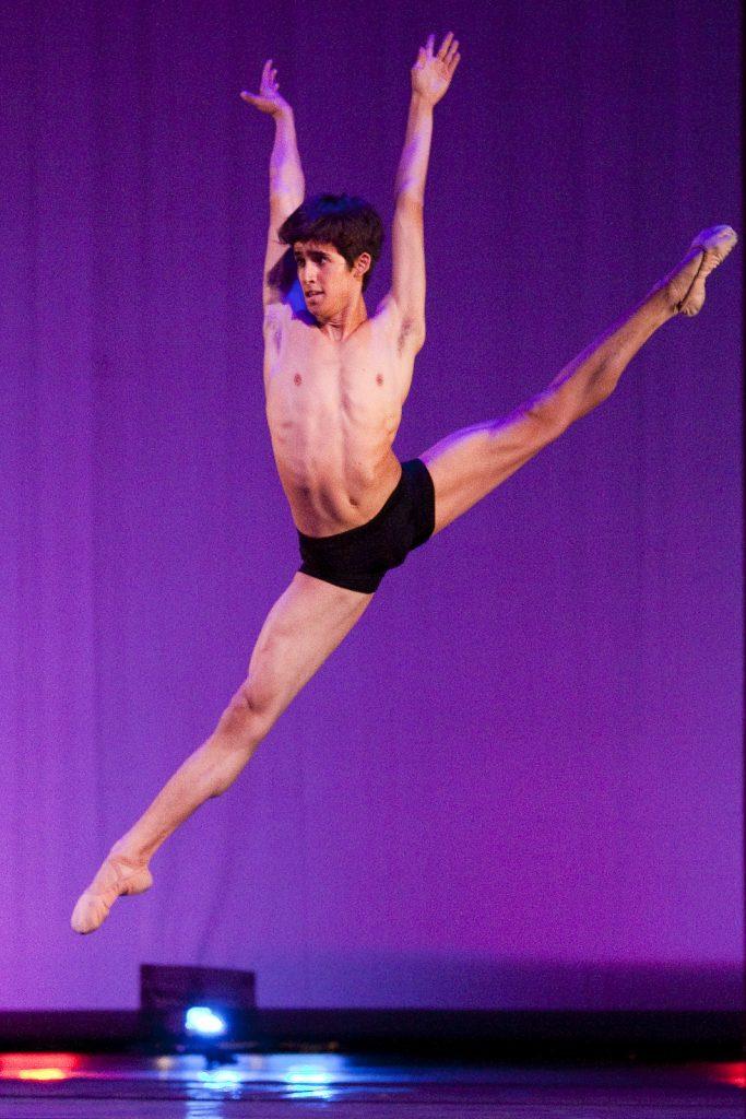 Ballet-helps-japan_101