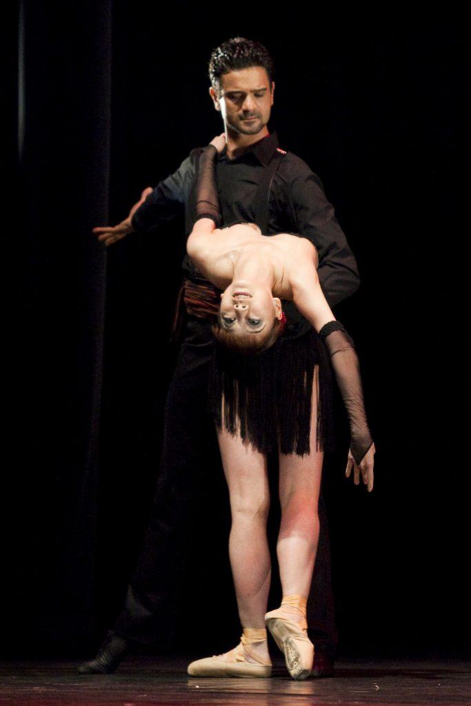 Ballet-helps-japan_105