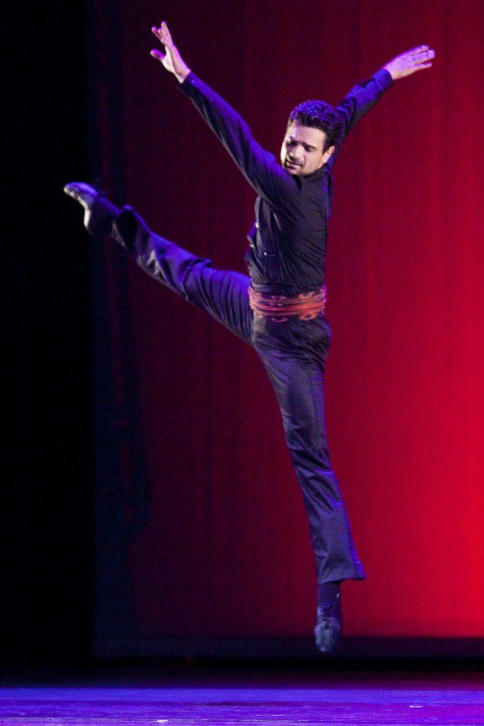 Ballet-helps-japan_106