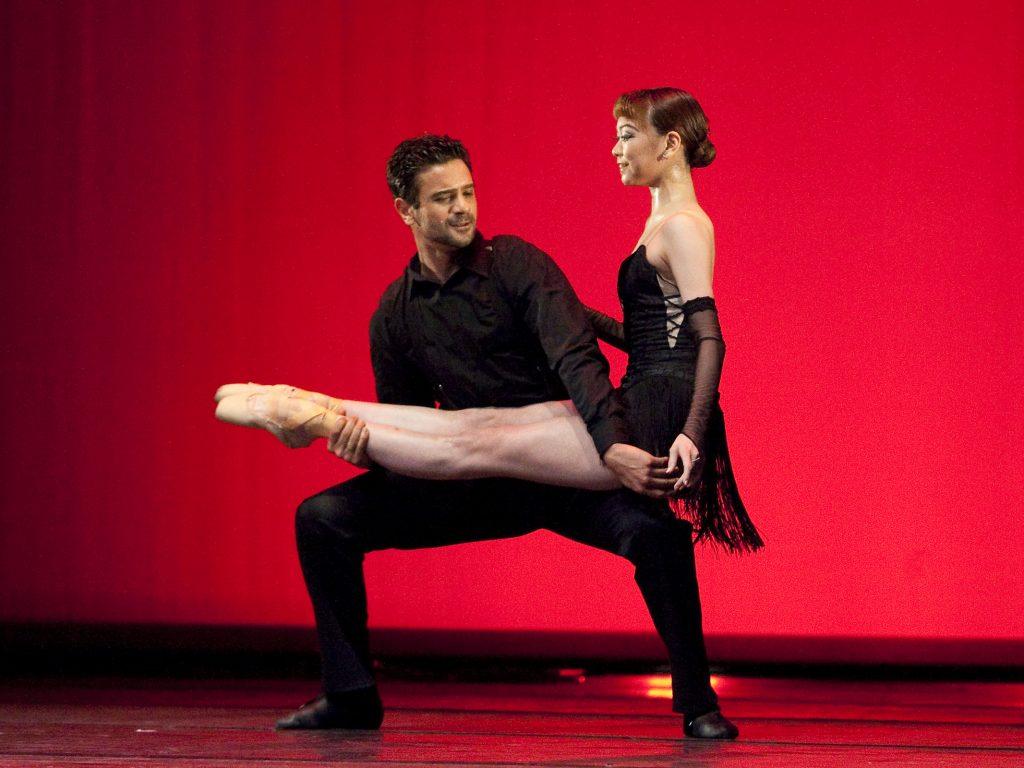 Ballet-helps-japan_107
