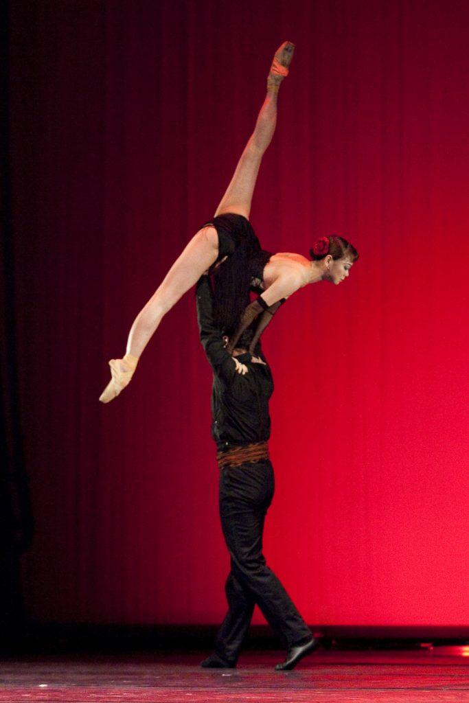 Ballet-helps-japan_108
