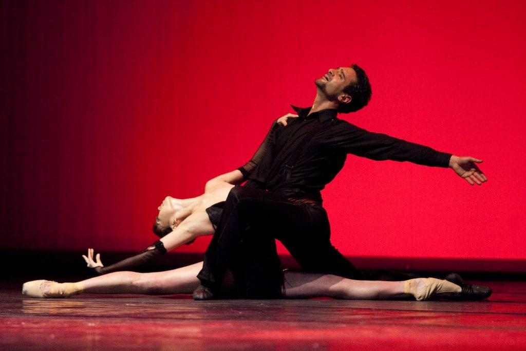 Ballet-helps-japan_111