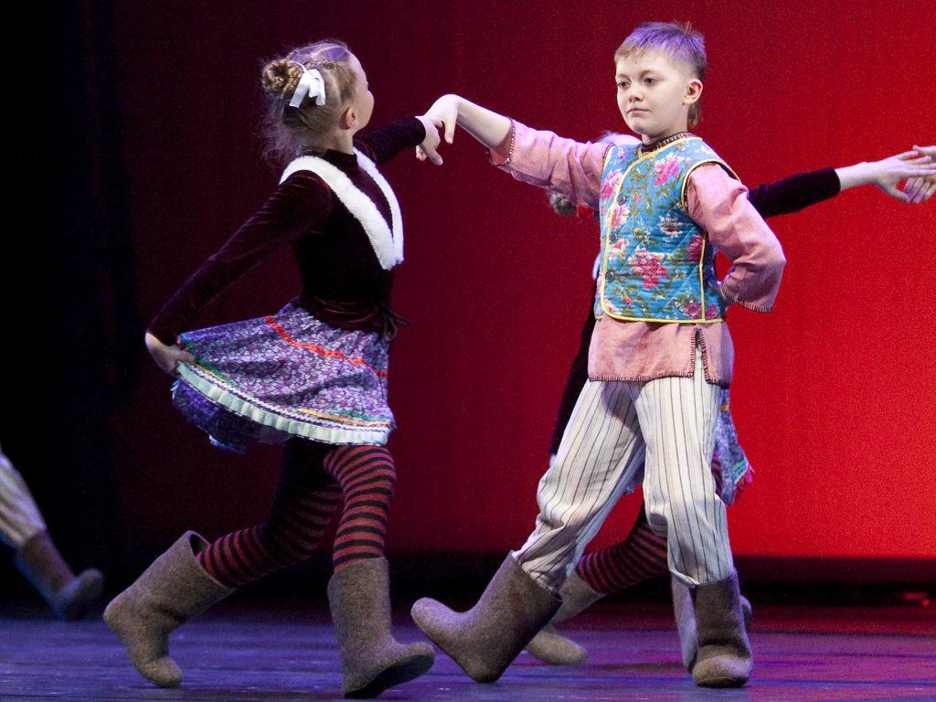 Ballet-helps-japan_113
