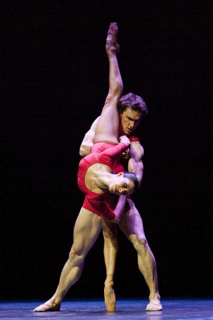 Ballet-helps-japan_114
