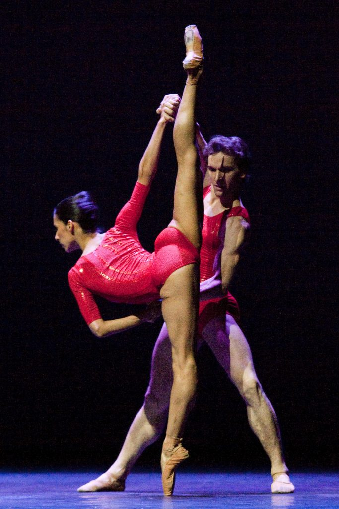 Ballet-helps-japan_115