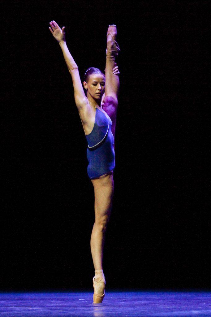 Ballet-helps-japan_118