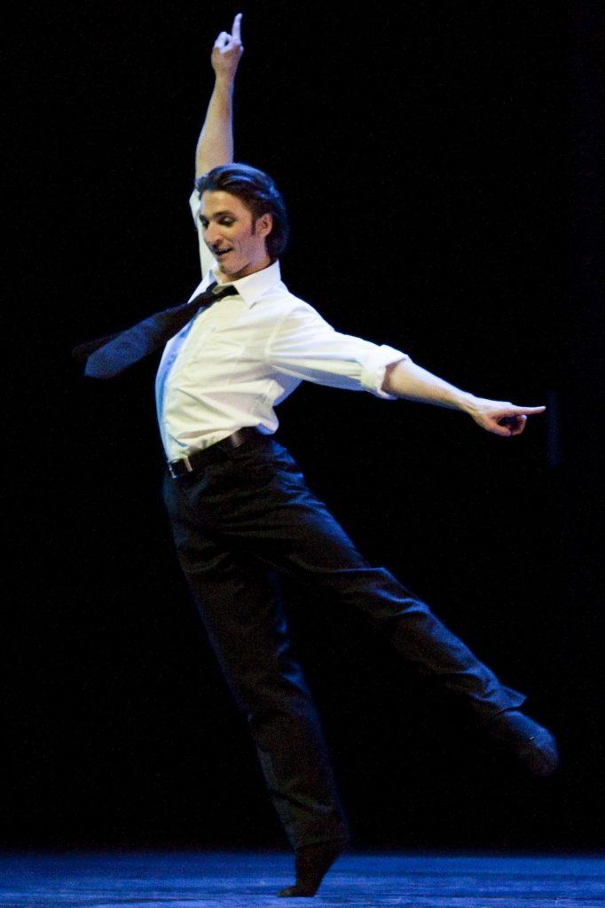 Ballet-helps-japan_132