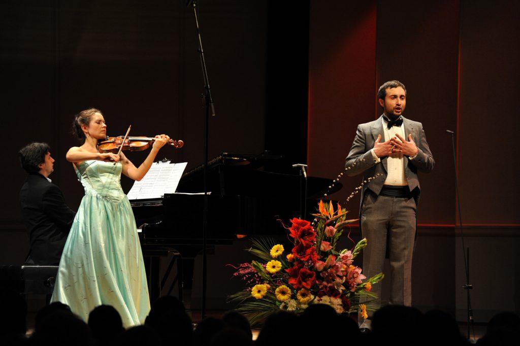 Josef R. Drechny, Bass-baritone. Maria Shalgina, Violin. Sorin Creciun, Piano