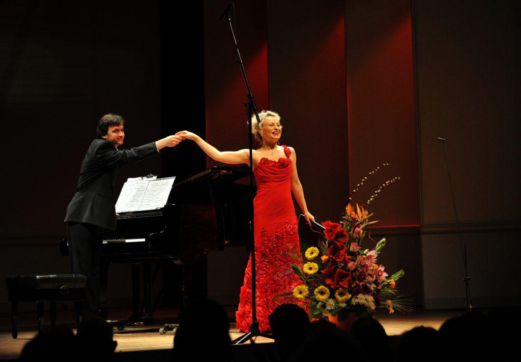Julia Novikova, Soprano Sorin Creciun, Piano